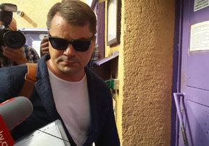 Lobbista Marek Dalík nastoupil 1. září do ruzyňské věznice, kde si má začít odpykávat čtyřletý trest kvůli kauze kolem nákupu vozidel Pandur pro českou armádu.