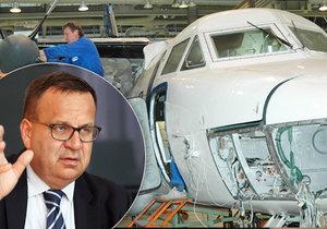 V Kunovicích se budou letadla vyrábět dál. Ruský majitel to slíbil ministrovi průmyslu a obchodu Janu Mládkovi (ČSSD).