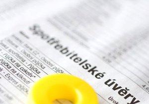 Banky raději nabízejí spotřebitelské úvěry než hypotéky.