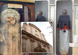 Kostelík v italském městě Monopoli je jen pro odvážné!