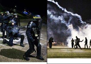 Zhruba padesát běženců začalo na policii házet lahve a kameny, ta odpověděla kouřovými granáty.