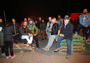Obyvatelé italského Gorina zabránili příjezdu skupiny migrantů