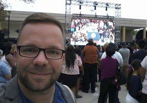 Reportér Blesku Luboš Procházka na mítinku amerického prezidenta Baracka Obamy v Las Vegas