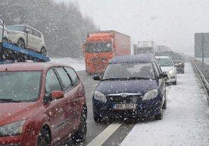 Znalkyně: V zimě může být opravovaná dálnice nebezpečná (ilustrační foto).