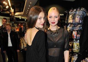 Sára Sandeva a Markéta Konvičková jsou velmi sexy.