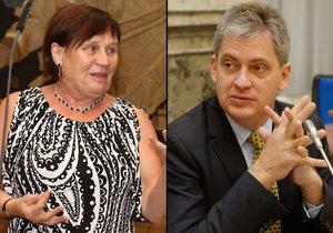 Vláda ve středu stopne Dienstbierův pokus o posílení ombudsmanky