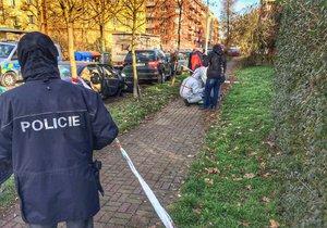 Útočnice na Praze 10 pobodala muže. Na místě zasahuje policie
