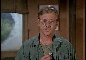 Zemřel herec William Christopher, který v seriál MASH hrál otce Mulcahyho.