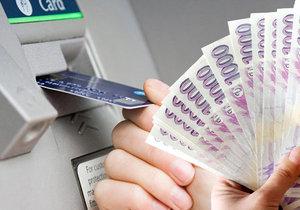 Za roztržitost zaplatila: Žena si vybrala z bankomatu pět tisíc a zapomněla je tam!