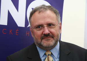 Profesor Jiří Zlatuška je bývalým rektorem Masarykovy univerzity.