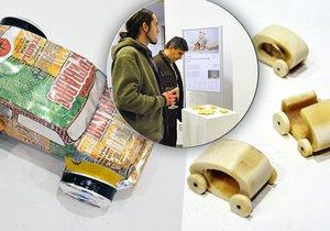 Výstava Design z odpadu ukazuje, co se dá vyrobit z použitých věcí.