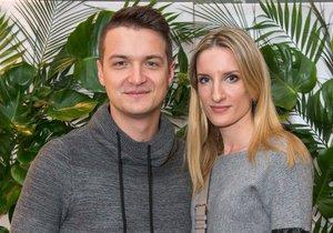 Adela s přítelem Viktorem