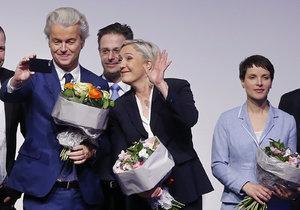 Sjezd krajní pravice v Německu: Evropa se probouzí, hřímala Le Penová