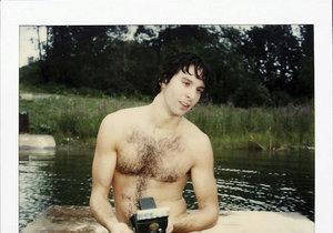 Jamie Livingston začal svůj projekt 31. března 1979. Celkem vyfotil více než 6000 snímků.