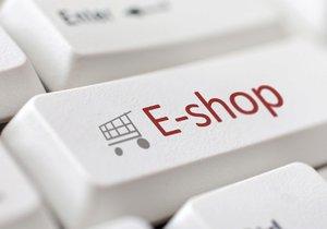 Nákupy v Číně přes internet: Nekupujte mobily, pozor na hračky a šperky.