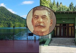 Stalinovo prázdninové sídlo u jezera Rica v Abcházii