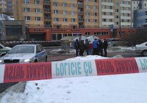 V popelnici v centru Liberce bylo nalezeno tělo novorozence.