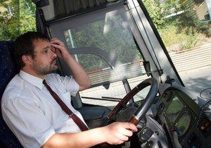 Stávka zažehnána? Kraj tvrdí, že se domluvil s autobusáky!
