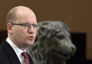 Premiér Bohuslav Sobotka (ČSSD) na tiskové konferenci ve Sněmovně