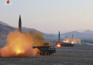 Američané den po testu KLDR začali na jihokorejském území rozmisťovat části kontroverzního protiraketového štítu THAAD.
