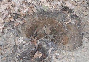 Šok při rekonstrukci tratě: Pod kolejemi ležely desítky let nevybuchlé funkční miny!