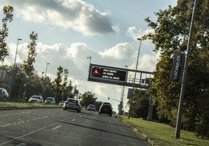 Řidiči obrňte se trpělivostí: Lipskou rozkopou, u letiště čekejte kolony