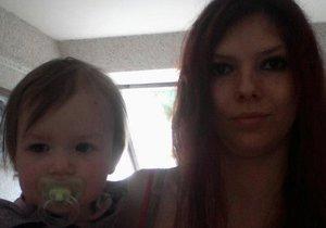 Policie pátrá po mamince a dceři už pět let.