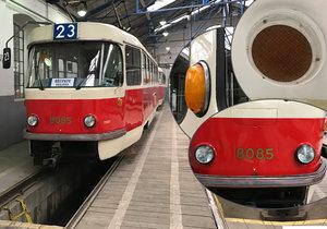 Nová nostalgická linka 23 jezdí z Vinohrad přes centrum a Pražský hrad až na Královku.