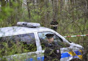 Na Proseku ležel zastřelený muž, policie zjišťuje, co se stalo.