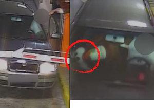 Muž ukradl z podzemních garáží v nákupním centru plyšového zajíce, ke všemu se přiznal.