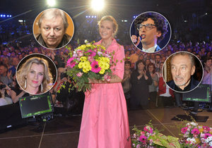 Helena Vondráčková oslavila 70. narozeniny koncertem. Kde zůstali Gott, Korn, Neckář a spol.? Vyměnila je za mladší!
