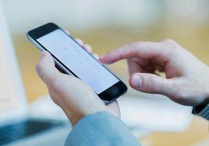 Operátoři se děsí. EET účtenka bude za každý hovor a SMS z předplacené karty