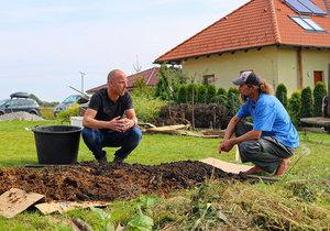 Ferdinandovy zahrady: Jak ze špatné zeminy vytvořit dobrou pro sázení rostlin?