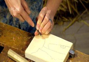 Vyřezávání dřeva pro začátečníky: Jak si vyřezat reliéf?