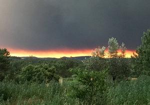S požáry bojují v sousedním Portugalsku i na jiných místech v Evropě