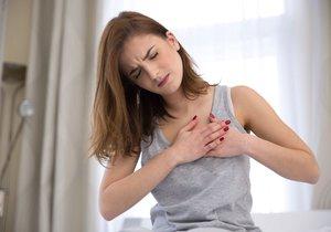 Zlomené srdce může zdraví poškodit stejně jako infarkt.
