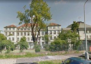 Čtyři základní a mateřské školy v Praze 5 projdou v létě rekonstrukcí.