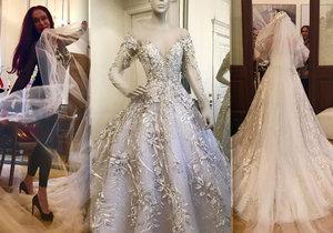 Návrhářka šejků Blanka Matragi ušila luxusní šaty pro nevěstu z Moravy.