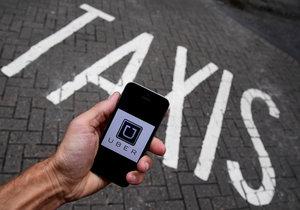 Už zase: Soud zakázal v Brně službu Uber, ta stejně nejezdí