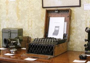 Stroj Enigma v rumunské aukci