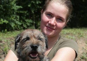 Pes Bárt přežil 17 dní ve skále.