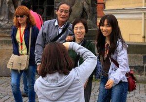 Číňané dovolenkují v Česku: Chtějí varné konvice na nudle, pokojů č. 4 se děsí