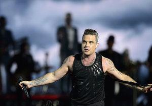 Robbie Williams fanoušky rozparádil.