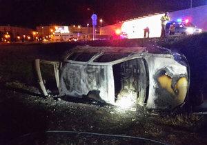 Při tragické nehodě ve Zvolenu uhořel spolujezdec (†18).
