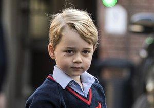 Do školy, kam chodí princ George, se vloupala žena.