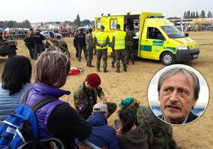 Seskoky parašutistů při veřejných akcích jsou podle Martina Stropnického dočasně zakázány.