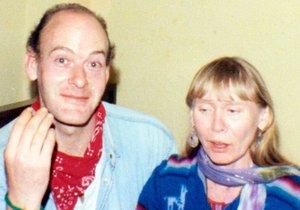 John Sweeney a Delia Palmer v době, kdy spolu chodili