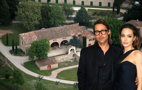 Angelina Jolie a Brad Pitt se svatbou dlouho váhali.