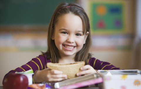 Když nechtějí jíst: 4 zdravé a chutné svačinky do školy