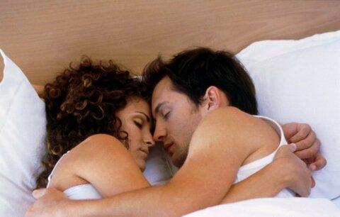 Také vás někdy ze spánku budí nepříjemné bzučení?